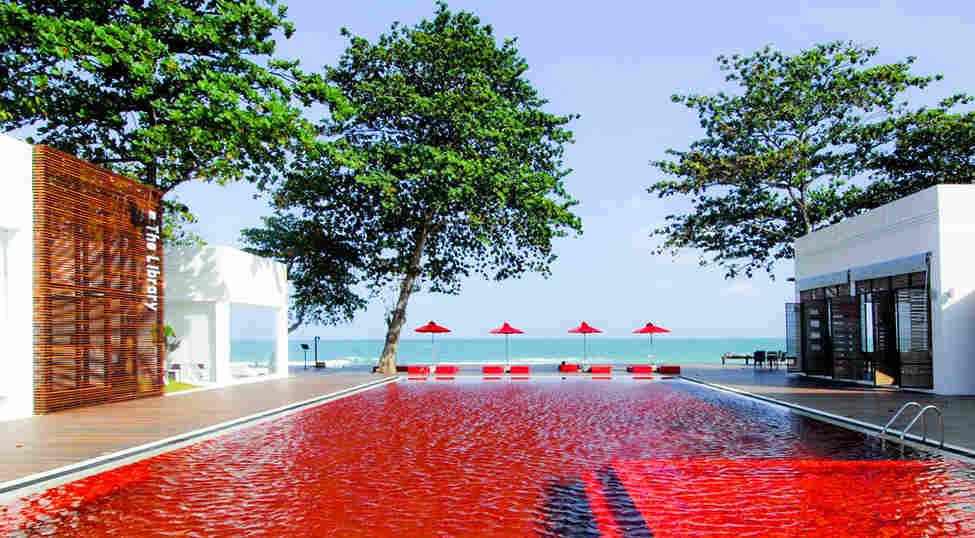 20 отелей с видовыми бассейнами