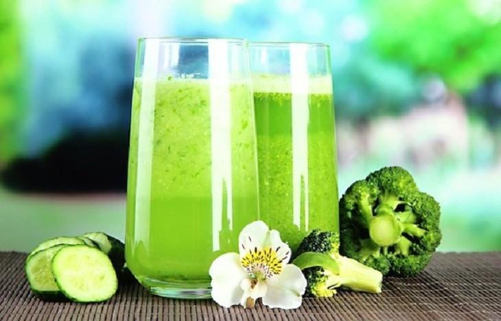 Самые зеленые и неповторимо вкусные и полезные смузи для чистки вашего организма