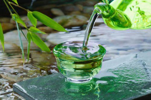 Между зеленым и черным чаем