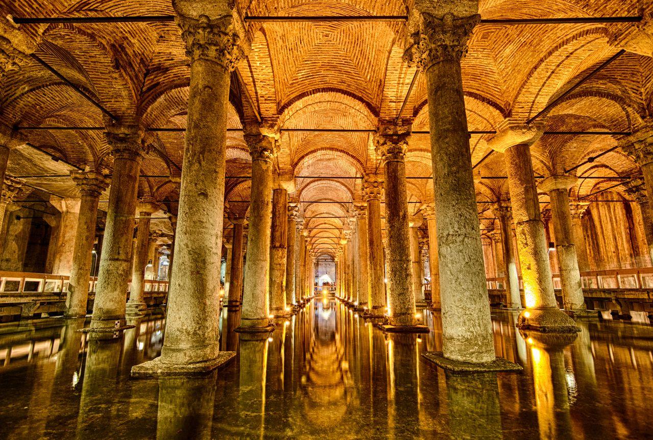Цистерна Базилика Стамбул – захватывающие факты о подземном водохранилище