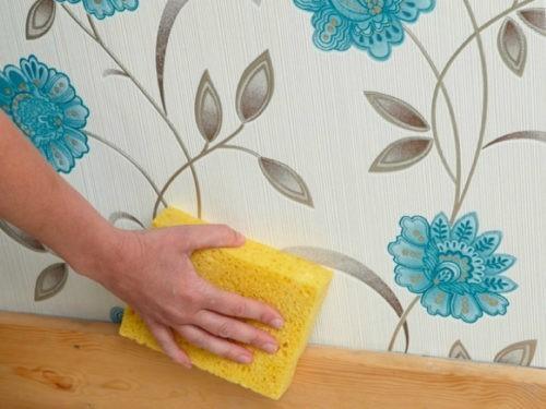 Как убрать жирные пятна на стене