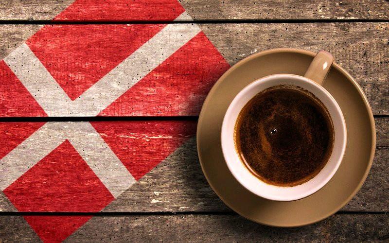 Чашка кофе в разных уголках мира