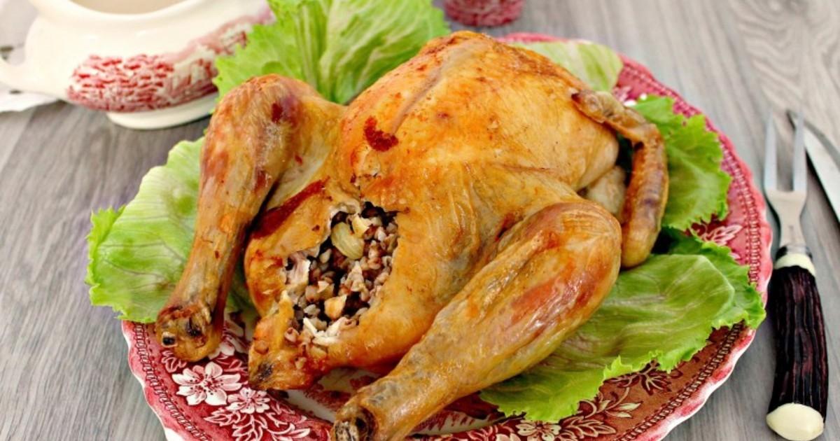 Фаршированная курица гречкой в духовке