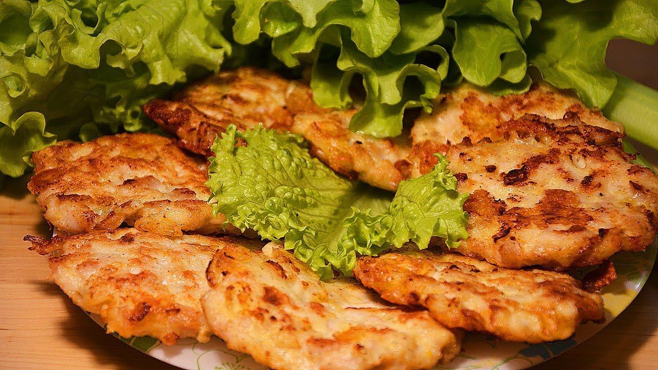 Оладьи из рубленного куриного филе с сыром