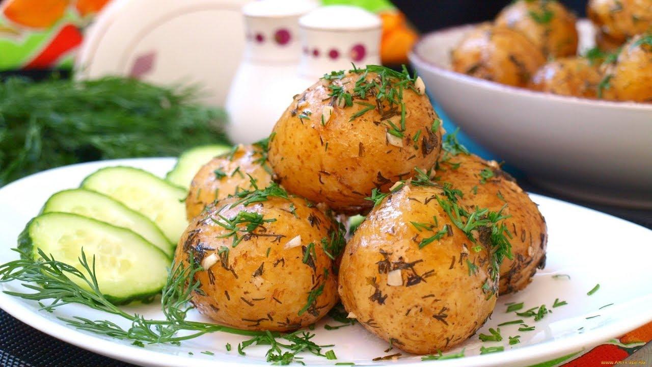 Картофель в мундире: хитрости запекания