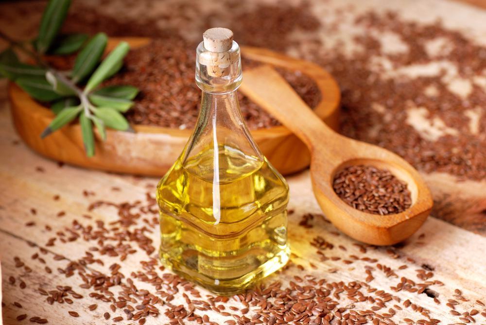 Льняное масло — полезные свойства и противопоказания