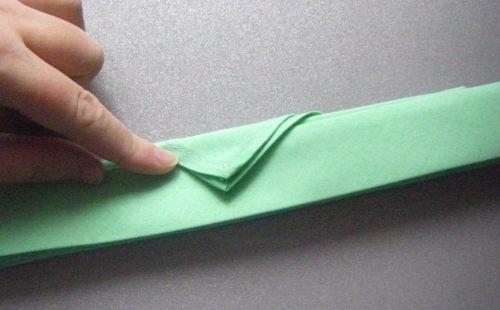 Как сложить салфетку в виде пламя