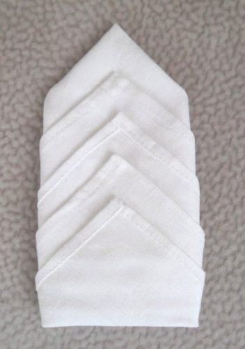 Как сложить салфетку в виде ярусных углов