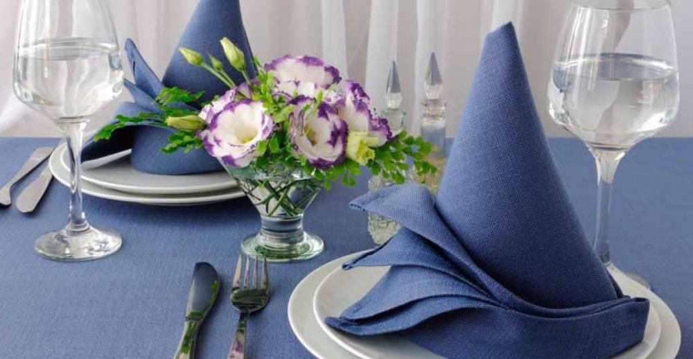 Как можно красиво сервировать стол салфетками