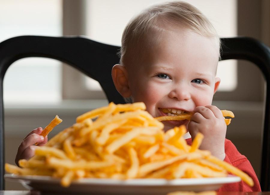 Рецепт вкусной и безопаснойкартошки фри которую смело можно давать детям