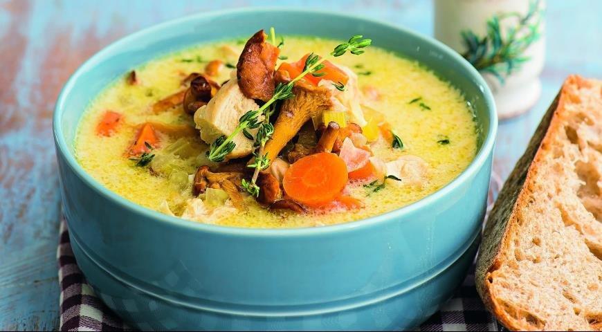 Суп из утки с лисичками