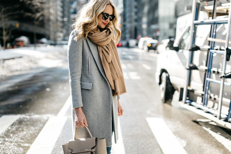 Как правильно стирать драповое пальто в домашних условиях