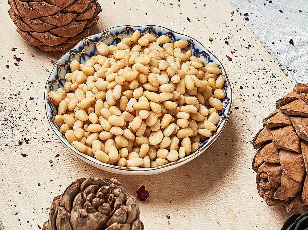 Кедровые орехи их полезные свойства и противопоказания