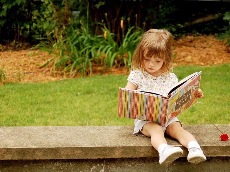 10 причин читать книги