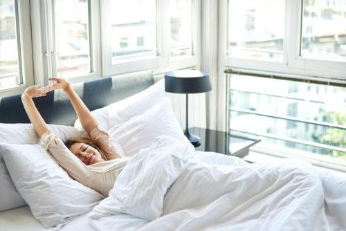 кому так трудно просыпаться по утрам