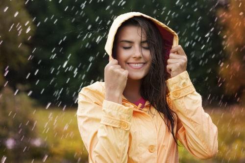 Для того чтобы быть счастливым, нужно научиться ценить и радоваться каждой минуте своей жизни. Как говорится, смех продлевает жизнь. Психологи советуют больше улыбаться и дарить радость окружающим, чтобы быть красивым и молодым.