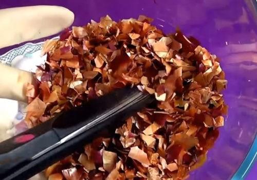 Мраморное окрашивание луковой шелухой и зеленкой