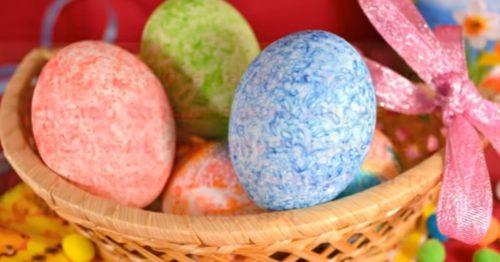 Как покрасить яйца пищевым красителем с рисом