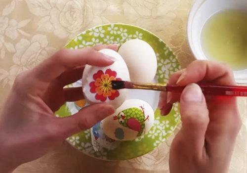 Декупаж пасхальных яиц1 способ