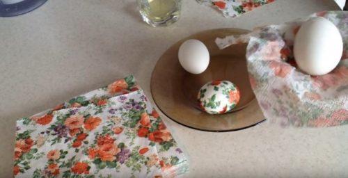 Декупаж пасхальных яиц2 способ