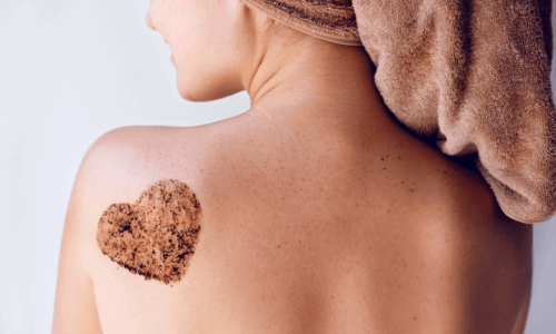 Кому и почему нельзя пользоваться скрабом для тела?
