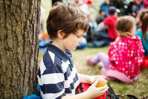 Интровертные дети: что вы должны знать о них