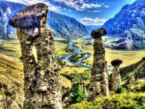 Долина Чулышмана каменные грибы